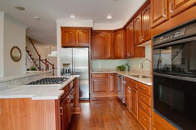 Kitchen 2-1