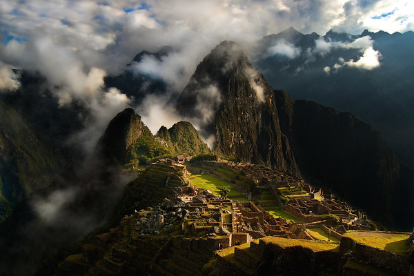 Morning Mist at Machu Picchu - Cuzco, Peru