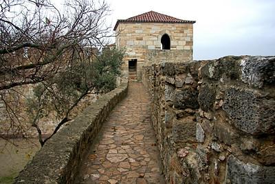 Rampart pathway - Castle of São Jorge, Lisbon