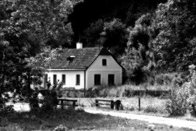 farmhousebw