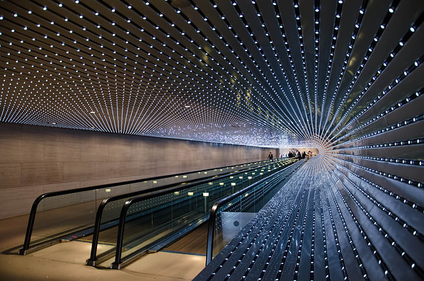 """The National Gallery of Art  """"Multiverse """" by Leo Villareal. Washington D.C."""