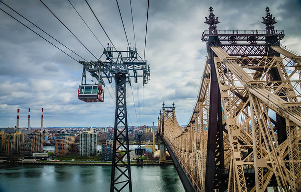 Roosevelt Island Tramway & the 59th St Bridge