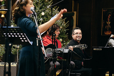 20181224-Saint-Nicholas Christmas-Carols-0030