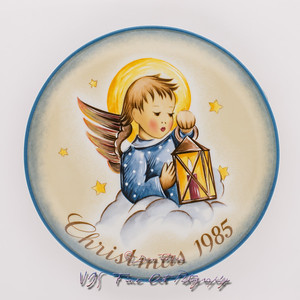 Vintage Sister Berta Hummel Christmas Plate by Schmid Bros. Limited Edition