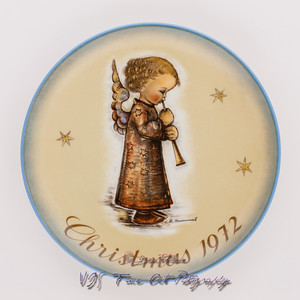 "Vintage Sister Berta Hummel Christmas Plate (1972) ""Engel Mit Flote"" by Schmid Bros. Limited Edition"