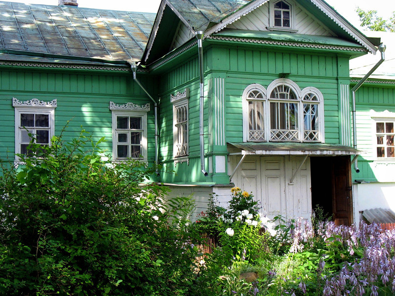 Traditional old style Russian country home with garden. (8.27.2011)