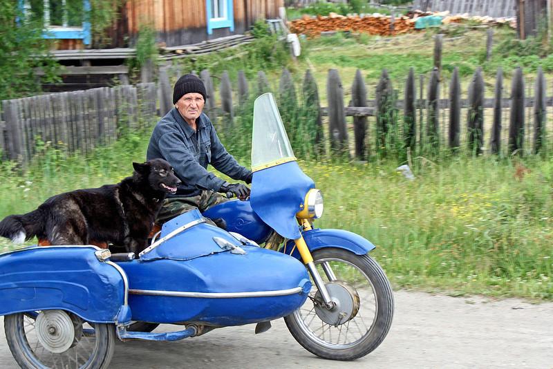 Some people take their dogs everywhere. (Ivanovskoye, Amur Region) (7.20.2011)