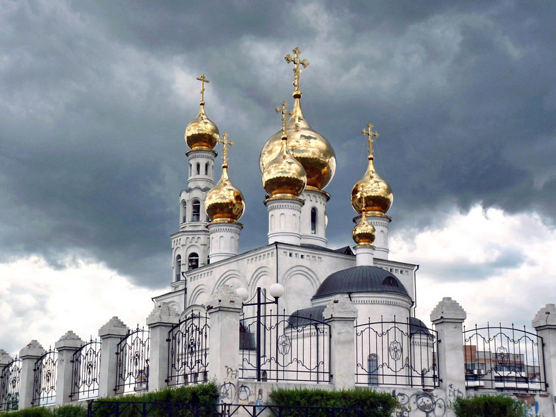 Foreboding skies over the Cathedral of the Transfiguration in Abakan, Khakassia. (Russia)