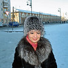 Layla Tukhtabaeva dressed against the cold. (11.27.2011)