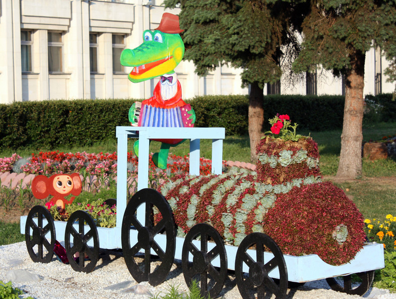 We found Carrie's friends Cheburashka & Gena riding the flower train right in the center of Yaroslavl. They send their regards to their American cousins. (6.27.2011)<br /> <br /> Thanks for your comments & anniversary wishes on yesterday's shot. Couldn't comment too much as our Internet connection was somewhat unstable. Getting ready to hit the road back to Moscow. Have a good Monday.