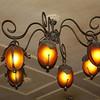 Café chandelier. (SG)