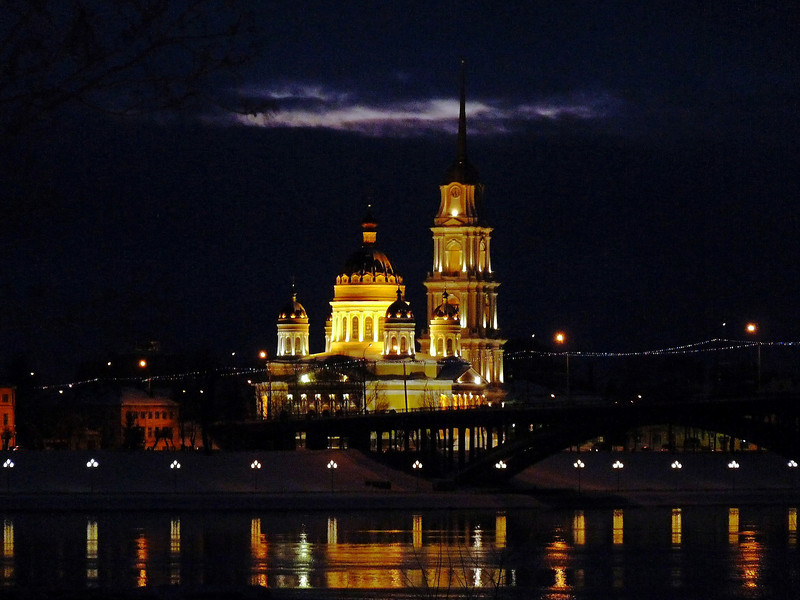 "Thanks for all your comments on yesterday's woman on the streets of Yaroslavl. Here's a shot of the Cathedral of the Transfiguration of Our Savior at night in the nearby town of Rybinsk, one of the oldest settlements on the Volga River. About 266 kilometers (165 miles) from Moscow, both towns are part of Russia's ""Golden Ring"", cities & towns famous for their architecture & historical & religious importance. Have a good weekend! <br /> <br /> Собор Спаса Преображения. (Рыбинск)"