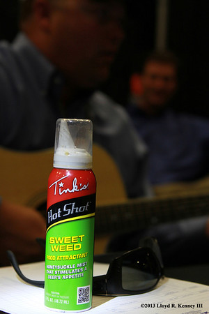 Tinks Hunting Products Hot Shot - Sweet Weed Thanks to the folks from Tinks and The Don Coffee Company for a great show. Photography By: ©2013 Lloyd R. Kenney III, All Rights Reserved.