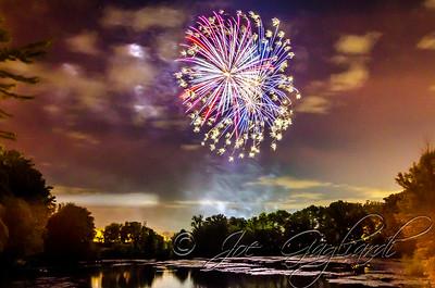 20140426-038-Firemen_Field_Fireworks