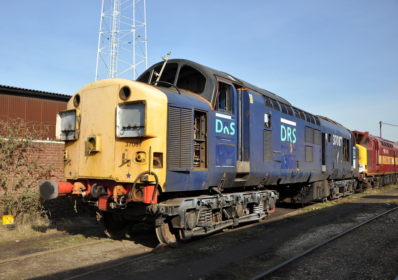 37087 at C F Booth Rotherham on 28/02/13.<br /> Published in Railways Illustrated May 2013.