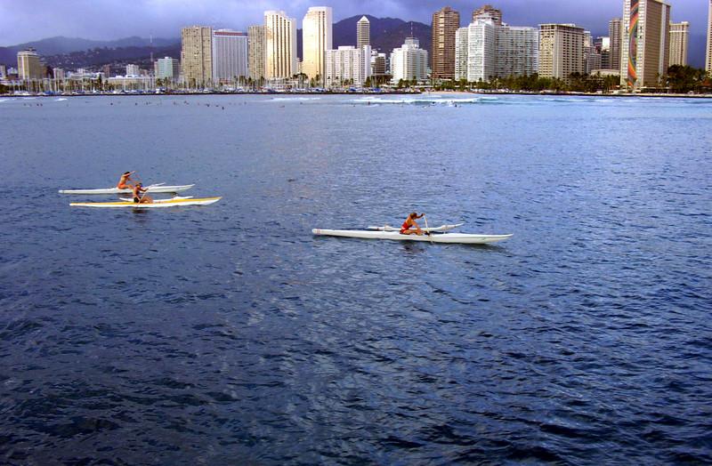 <font size=4> <font color= blue>Outriggers - Honolulu <font size=1>  Oahu</font size></font size></font color>