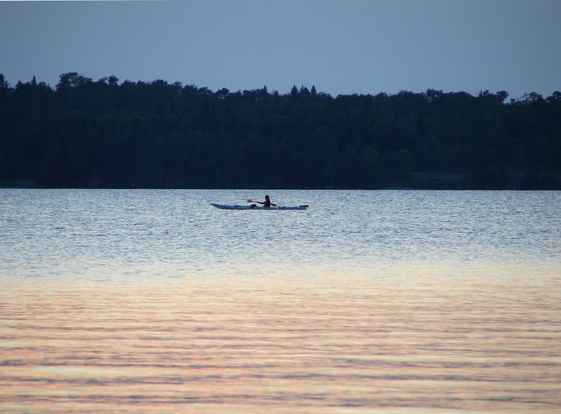 <font size=4> <font color= blue>Canoe <font size=1>White Lake, Canada</font size></font size></font color>