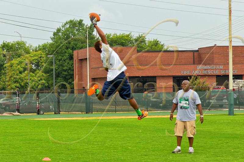 "Ardarius Stewart, Alabama Commit, at Bryan ""B T"" Thomas. NY Jets, 3rd Annual Footbal Camp at UAB in Birmingham"