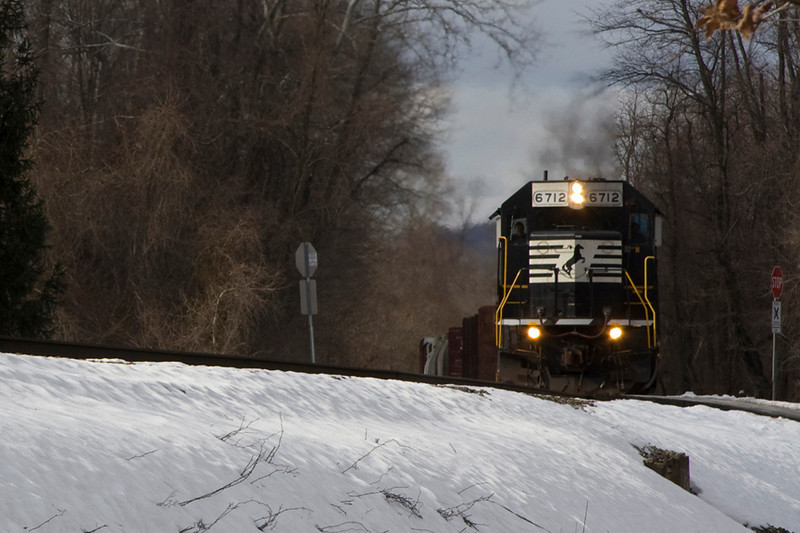 First Up today we had 11R pulling hard Eastward on Linden Grade, as seen here between Cody and Linden.
