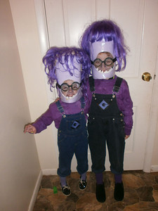 Maxx and Tori Deaton dressed as The Evil Minions.