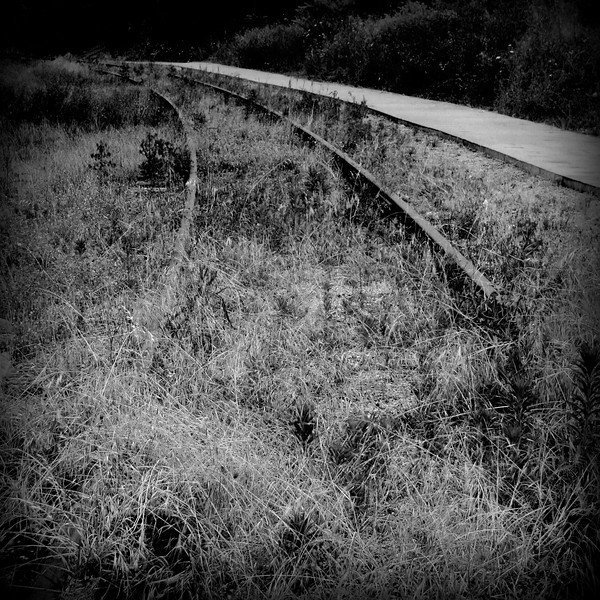 """""""Rails to nowhere"""""""