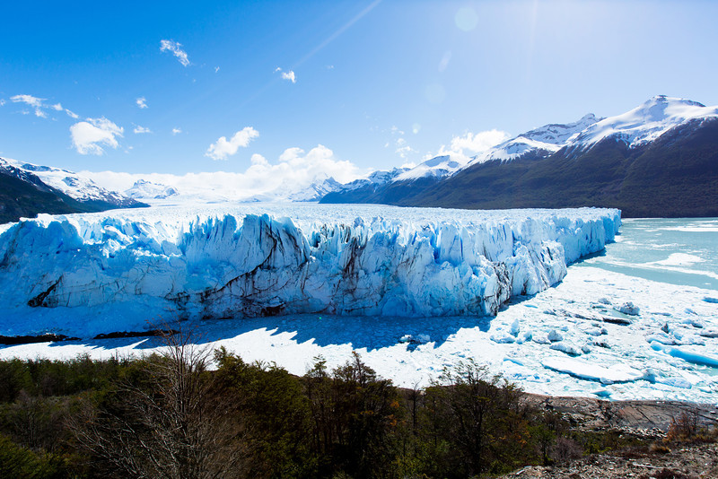 The advancing edge of Glacier Perito Moreno is 5km long. <br /> <br /> (Because of craziness with color profiles, this photo viewed best (as of 2012/12/29) on IE9+ (no, seriously). Otherwise, you may not get all the colors.)
