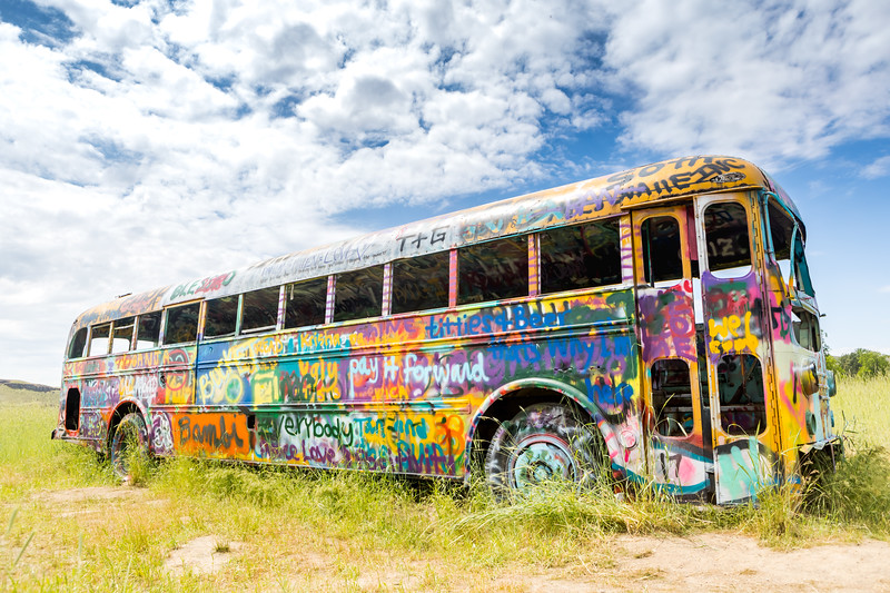 Washtuca Grafitti Bus