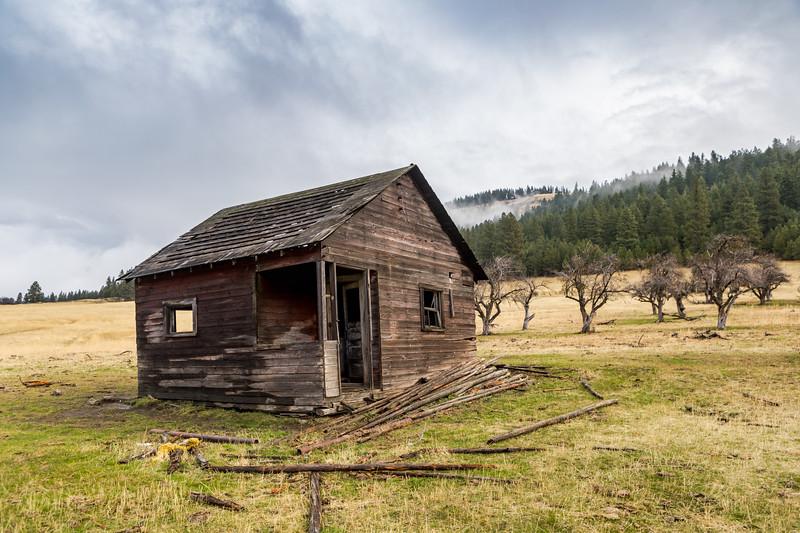 1900s Farm House