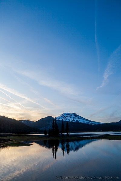 Sparks Lake Sunset Vertical