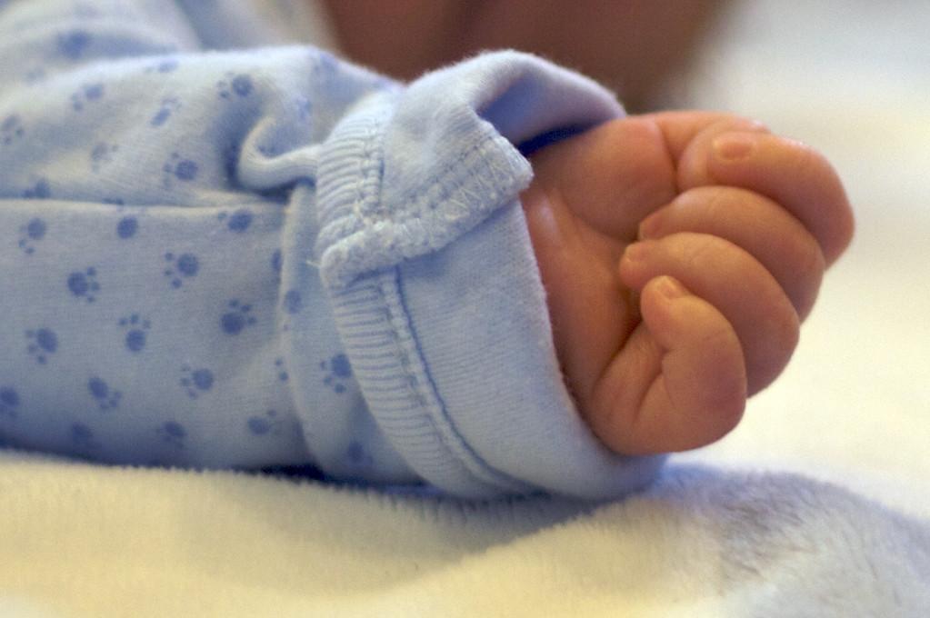 Riley - Hand