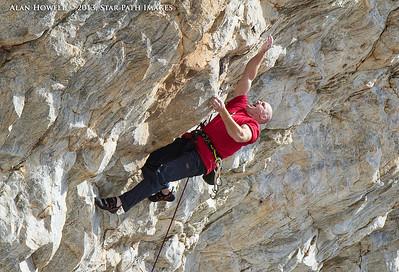 Seth Tart cranking hard 13+ quartzite in NC.
