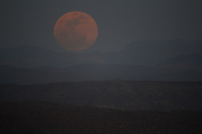 Moonrise was just to the south of the Four Peaks mountain tops.