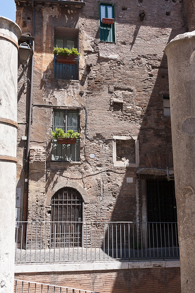 The oldest house still being used in the Rome Jewish Ghetto