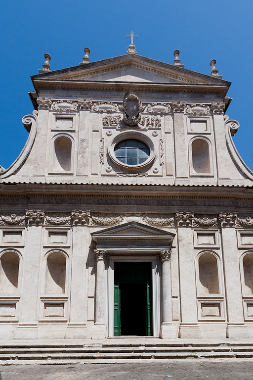 One of the four churches surrounding the Rome Jewish Ghetto