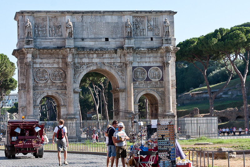 Arch of Constantine (315 AD)