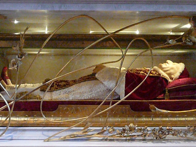 Pope's body, St. Peter's Basilica, Rome