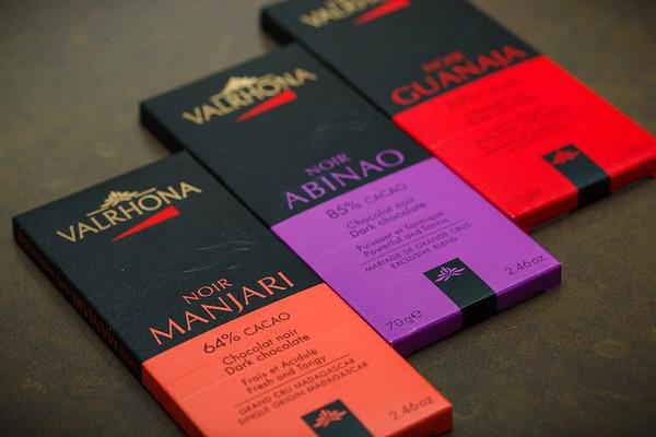 Ooooh...Valrhona Chocolates...NOIR!  Always bet on black!