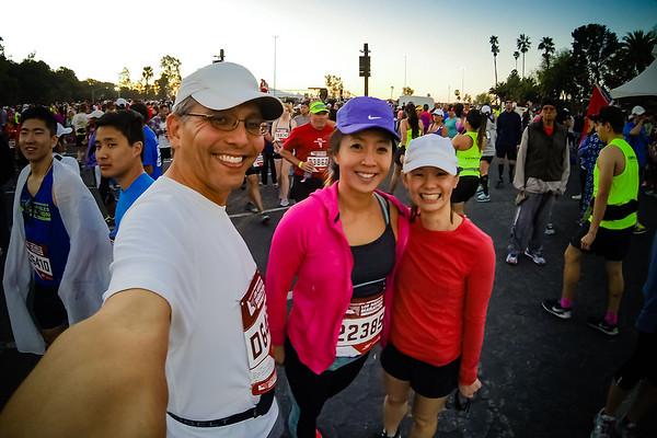 Pre-marathon selfie with Veronica and Valerie