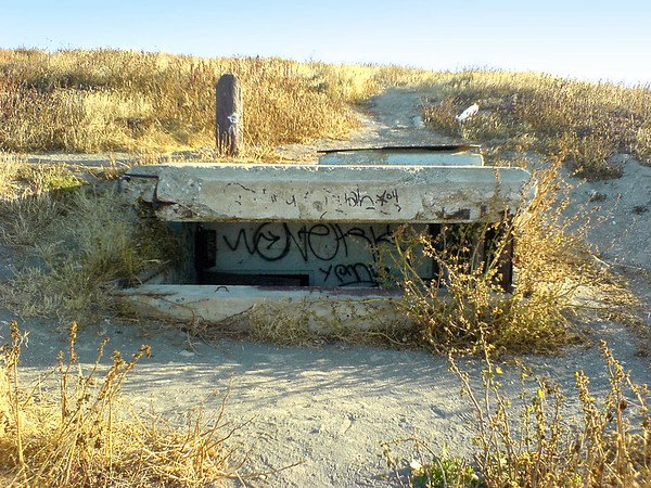 Bunkers are another unexpected sight.  It makes sense that the military would want to fortify the hills overlooking Los Angeles Harbor, though it does not look like these have been used in years