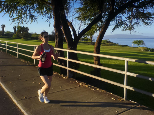 DAY 14 - Valerie joins me for one last 10km run on South Kihei Road