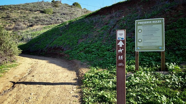 Found my way in to the Preserve from the bottom...not used to entering this area from down here.  I *think* this is the right trail.