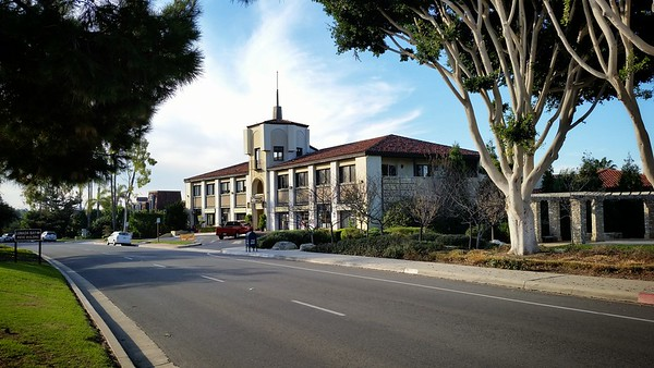 Lunada Bay...I remember enjoying brunch at Viva La Pasta, a restaurant that used to located in this building