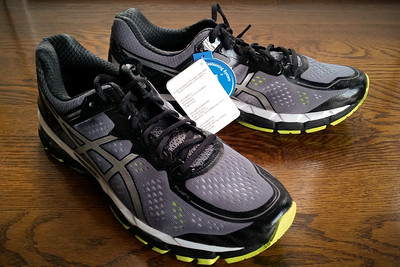JANUARY - First pair of ASICS Kayano 22s.  The fit seems good and they feel quite a bit lighter than the 19 and 20 (I never tried or bought 21), but I won't be using these for a bit because I am on a relatively fresh 19 and still have an unopened 20.