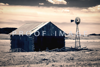 Split Tone Finish Barn with Windmill