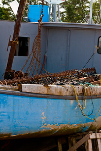 Not exactly sure what that spiky looking gear on the boat was... looks like its for combing the bottom.