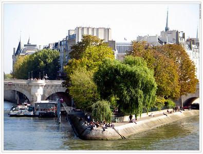Vert Galant, Ile de la Cite.  Paris