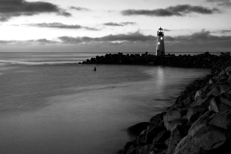 Walton Lighthouse at dawn, B&W.