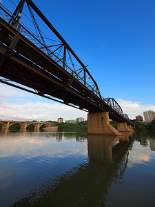 Saskatoon-沙斯卡通 Canada. Photo by Stephen Gurie Woo 胡斯翰