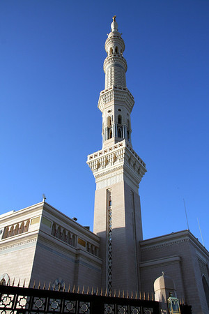 Minaret in late afternoon - Prophet's Mosque, Medinah