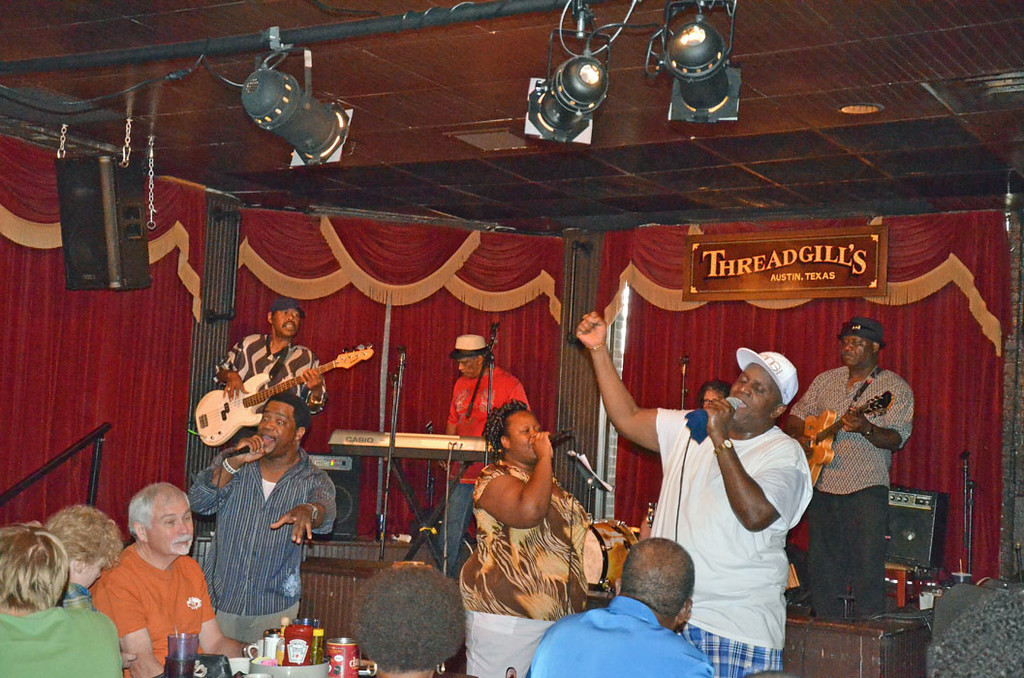 Threadgill's Saloon Live Entertainment